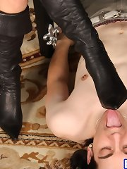 Mistress gets her boots licked