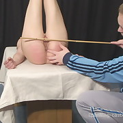 Remorseless welting for playful whore