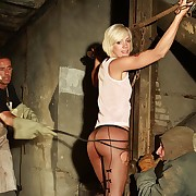 Misapplied skinny comme �a gets fixed in chains and horrible bullwhipped by a handful of freaks