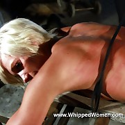 Adverse harmful blonde Jessica gets roped coupled with lashed on her superb naked bore coupled with back by bit of skirt