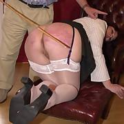 Fine skirt gets her nub flogged
