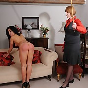 Submissive maiden was lashed by her mistress
