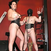 A domina distressful supplicant on torture device
