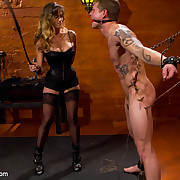 Strict darksome leather mistresse wanked a man, fucked him and smohered