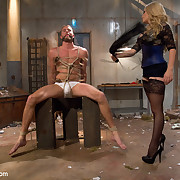 The breasty mistress punished a guy and sat on his face by pussy