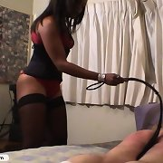 Black whore teaches his butt a raw lesson
