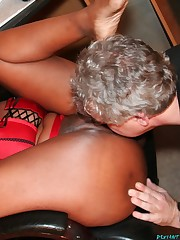Ass worship with big ass mistress