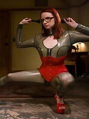 The mistress enjoying a painsex action