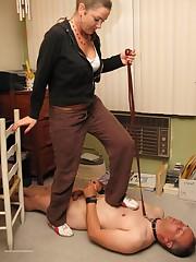 Mistress dominates a malesub by feet
