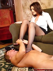 Feet and pussy licking