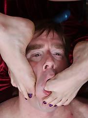 The mistress got her asshole licked deep