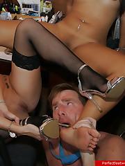 Dude worships young girls' sexy feet