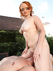 Lovely and bulky redhead performs outstanding face riding