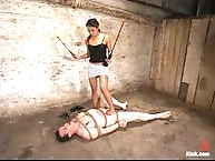 man-slave ungergoes torture foot worship for his dom Annie..