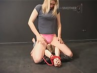 Tied subby gets under her ass