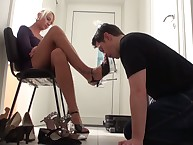 A poor slaveboy got the lesson of foot worship