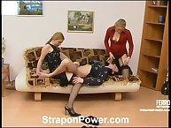 Great Susanna make likes Etta's arsehole by large strapon