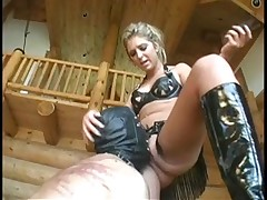 Dominatrix enjoyed pussy petting from slave