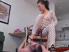 Evil domme made her slave worship her cunt and feet
