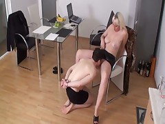 Blond Dominatrix made her slave licking vagina