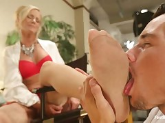 Kinky foot loving sub adoring his mature Dominatrix