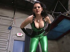 New slave is getting discipline from latex mistress