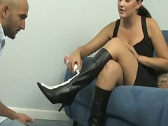 Hot cuckold action with mean girl