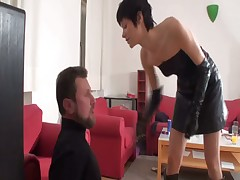 Much face slapping from kinky mistress