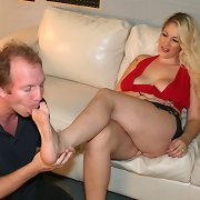 Blonde gets her feet licked