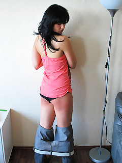 <!–-IMAGE_COUNT-–> of Sexy brunette gets spanking