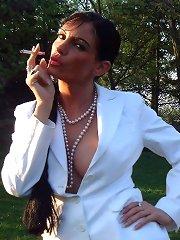 Smoking dominas