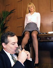 A secretary gets the upper hand and takes revenge on her boss when she catches him looking up her skirt.