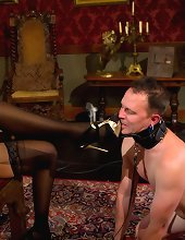 Mistress made a man dress female panties and humiliata and facesit him