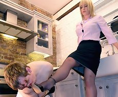 Humiliation and trampling on the kitchen
