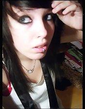 AMATEUR EMO GIRLS